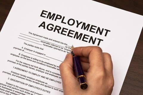 Employment-agreements-basics-for-business.jpg